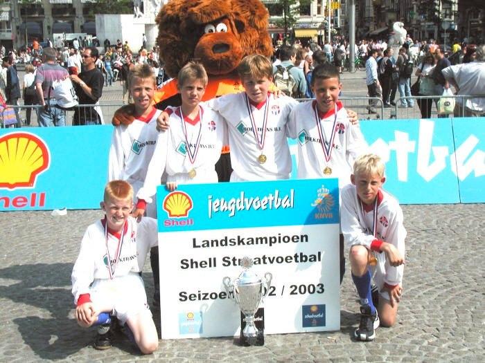 Hoofddorp D11-straatvoetbal
